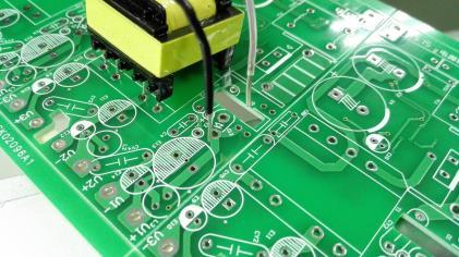 pcb印刷电路板为什么要涂上阻焊剂
